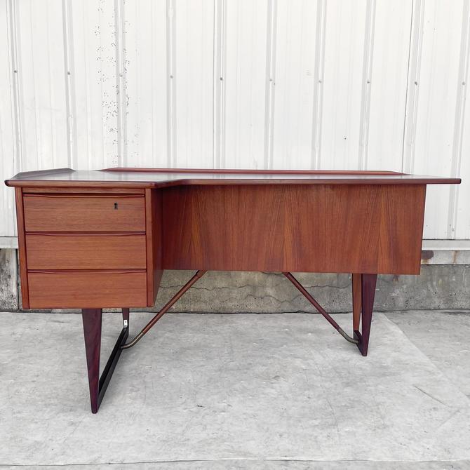Mid-Century Teak Desk with Raised Edge by Peter Living Nielsen by secondhandstory