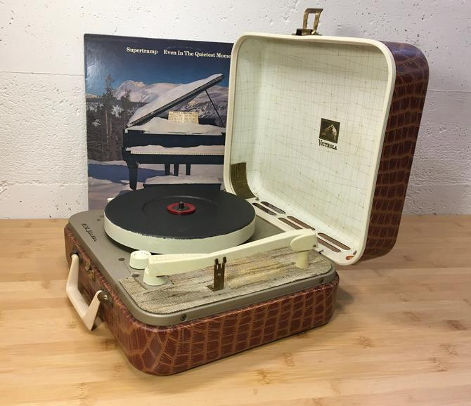 Restored 1950s RCA Portable Record Player,Brown Alligator Case, 4 speed, Fully Serviced by Deco2Go