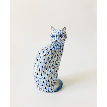 Vintage Blue and White Ceramic Cat by Andrea by Sadek by SergeantSailor