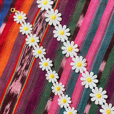 DAINTY Daisy Mask Chains by LivingColorfullyShop
