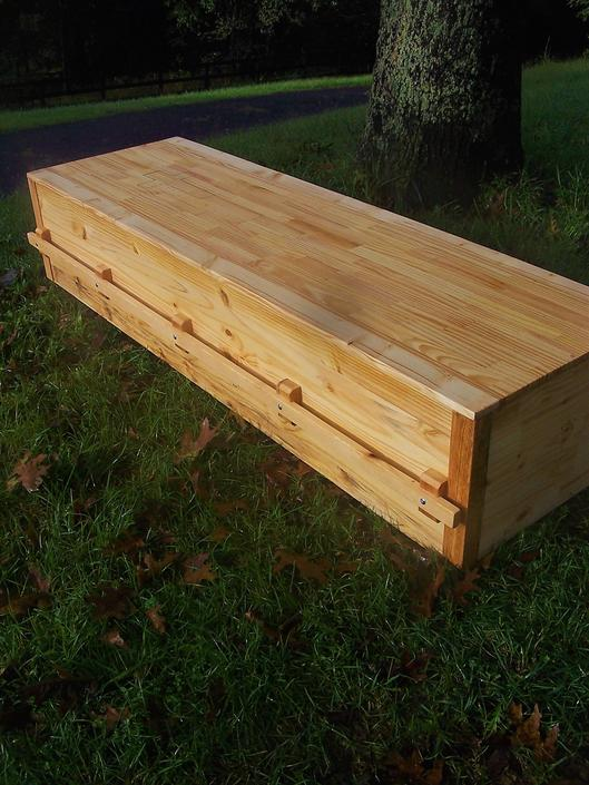 Free Shipping - Plain Pine Box - Pine Coffin - Pine Casket - Simple Pine Casket - Natural Burial - Eco-friendly Casket by BarnWoodFurniture