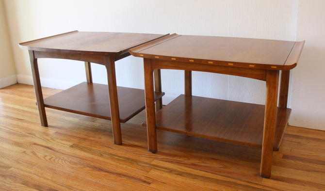 Mid Century Modern Pair of Lane Side End Tables