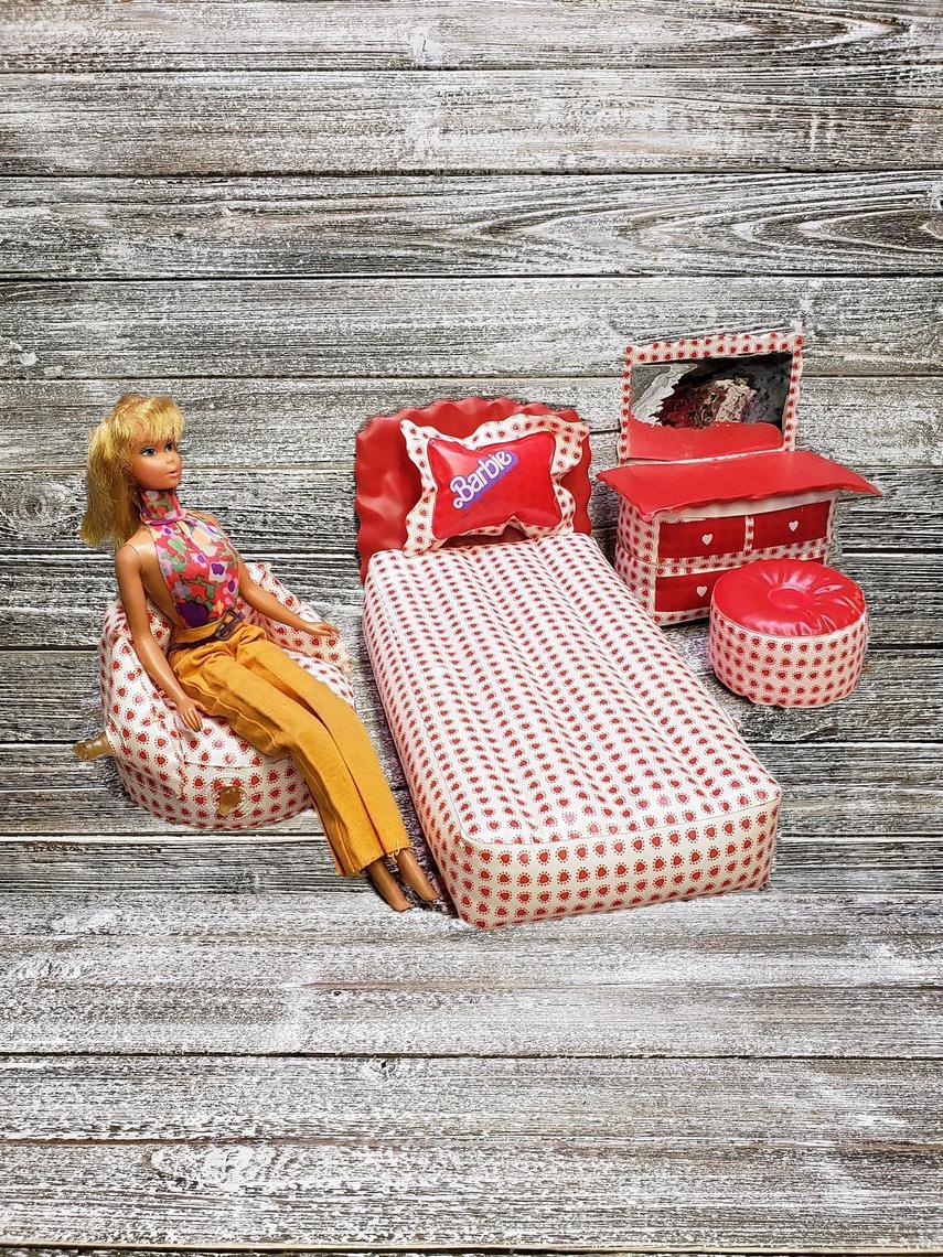 Vintage Inflatable Barbie Bedroom Furniture, 5pc Barbie Doll ...