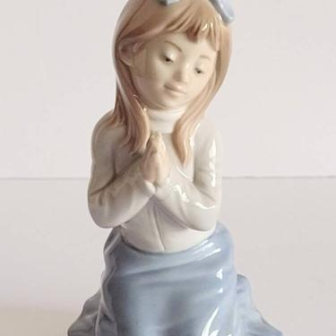 """Vintage 1985 NAO by Lladro Porcelain Figurine """"Guide Me"""" #61G Praying Young Girl 6"""" by TalonVintage"""