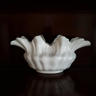 Vintage 40s Lenox Flower Vase / Lenox 1781 1/2 Fluted Oblong Vase / Early Lenox China Floral Vase / Ivory Ceramic Console Bowl Centerpiece by SoughtClothier