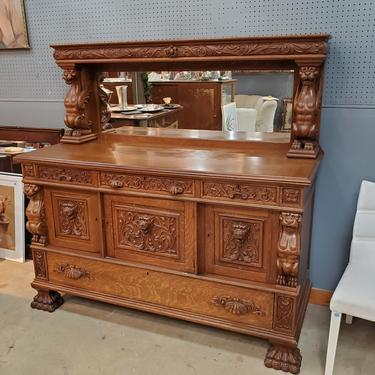 Antique Carved Winged Griffin Sideboard with Mirror in the Style of R.J. Horner, ca. 1890 to 1920