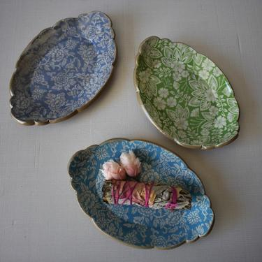 jewlery dish, Smudge dish, trinket dish, Tapas dish, handmade pottery, floral gifts by claylicious