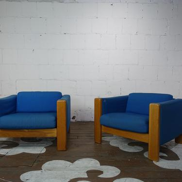 Pair of Knoll Mid-Century Armchairs