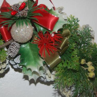 """Mid Century Handcrafted Glittered White Pinecone & Vintage Plastic Greenery with Berries / Fruit 17"""" Christmas Wreath ~ Excellent Cond. by YesterdayAndTomorrow"""
