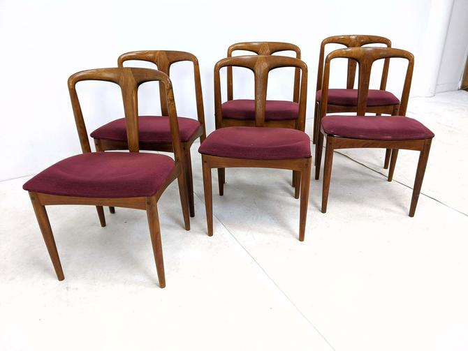 Set of 6 Danish Modern Teak Dining Chairs by Skovby