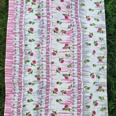 Vintage 1980's Floral Novelty Border Print Fabric / 90s Trompe L'oeil Ribbon Fabric by SilhouettetsyVintage