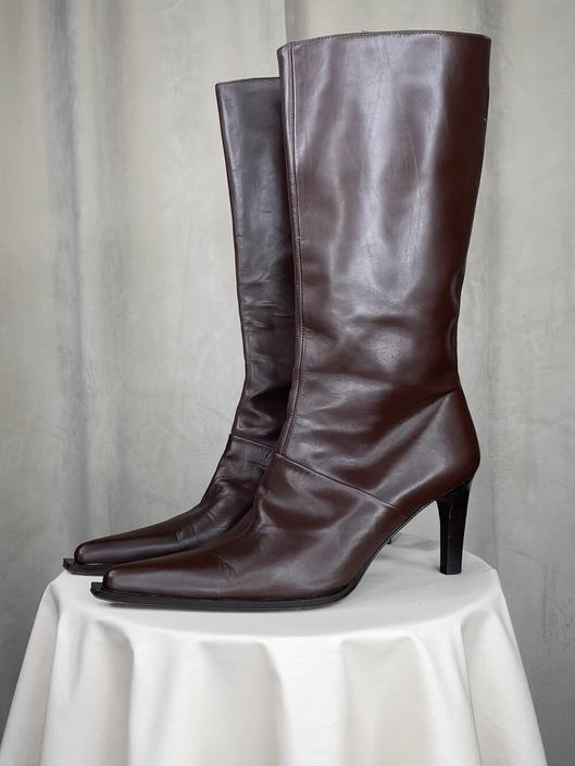 Vintage Brown Leather Pointed Toe Heeled Boots