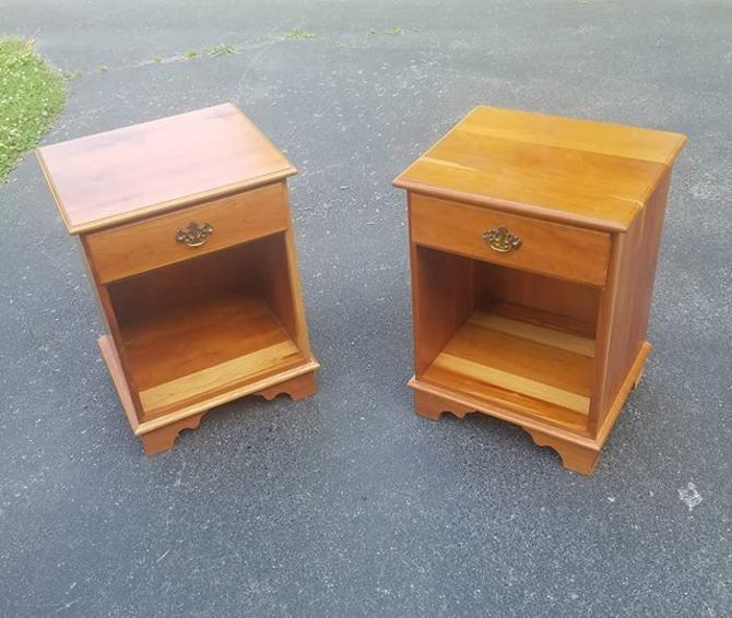 Pair of Solid Cherry Bedside Stands,