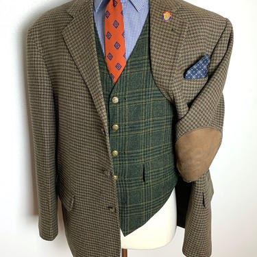 Vintage Stafford 100% WOOL TWEED Blazer ~ size 46 (S to R) ~ Houndstooth ~ jacket / sport coat ~ Elbow Patches ~ Preppy / Ivy Style / Trad ~ by SparrowsAndWolves