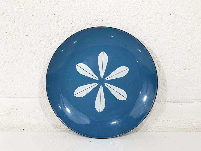 "True Vintage Cathrineholm Enamel 7.5"" Plate Tray White Aqua Blue Lotus Leaf Norway Catherineholm Norwegian Scandinavian Mid-Century MCM by CheckEngineVintage"