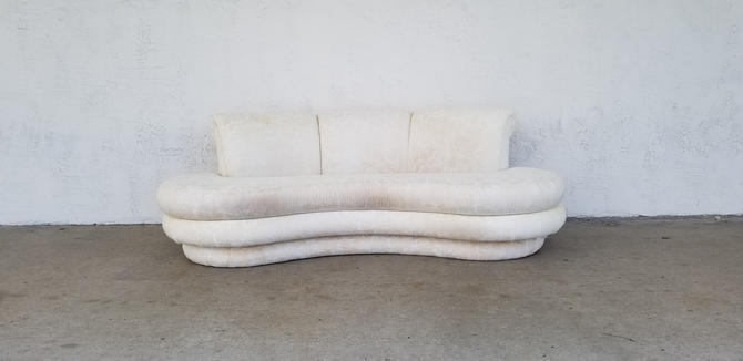 80's Postmodern Adrian Pearsall Kidney Sofa . by MIAMIVINTAGEDECOR