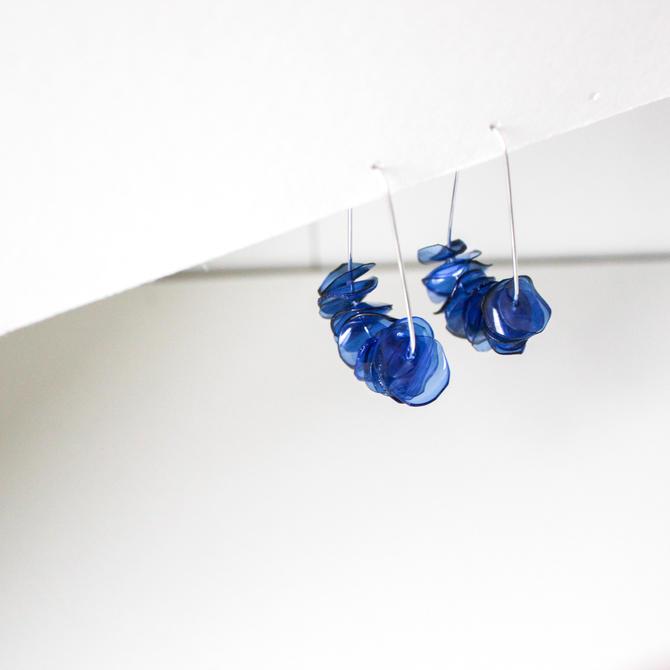 Leona Deep Blue Drops