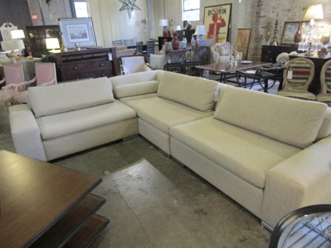 CANTONI SECTIONAL SOFA IN SOFT SAND FABRIC