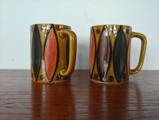 Mid Century Modern Coffee Cups - Set of 2 by ModandOzzie