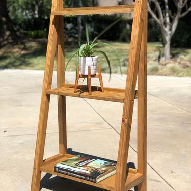 Leaning Ladder Bookshelf, Golden Oak by FifteenDegree