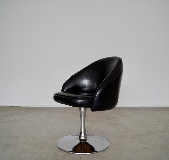Rad 1960's Mid-century Modern Tulip Chair in Chrome and Black Naugahyde! by CyclicFurniture