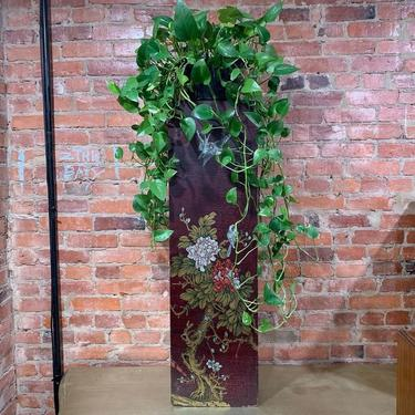 Painted pedestal / plant stand