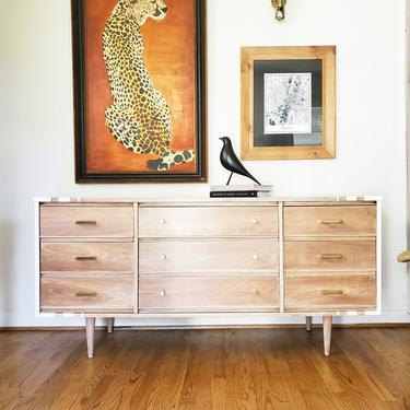 Mid Century Modern Dresser By Harmony House *SHIPPING NOT FREE* by AndreaPalmaiDesign