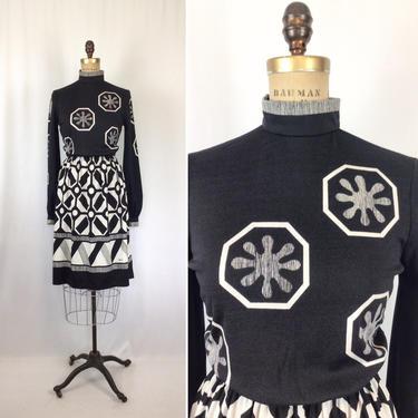 Vintage 70s dress | Vintage black white knit dress | 1970s Pagane dress by BeeandMason