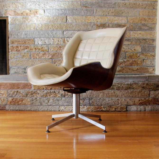 Awesome Mid Century Modern Vintage Plycraft Swivel Chair By George Mulhauser By Wrightfindsinmcm Home Interior And Landscaping Mentranervesignezvosmurscom