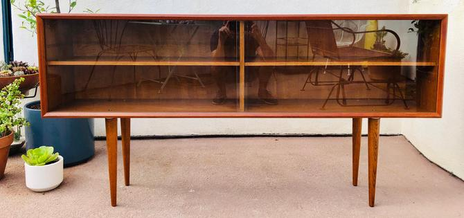 Vintage Mid Century Teak Credenza / Sideboard by FAARUP MØBELFABRIK by BentwoodVintage