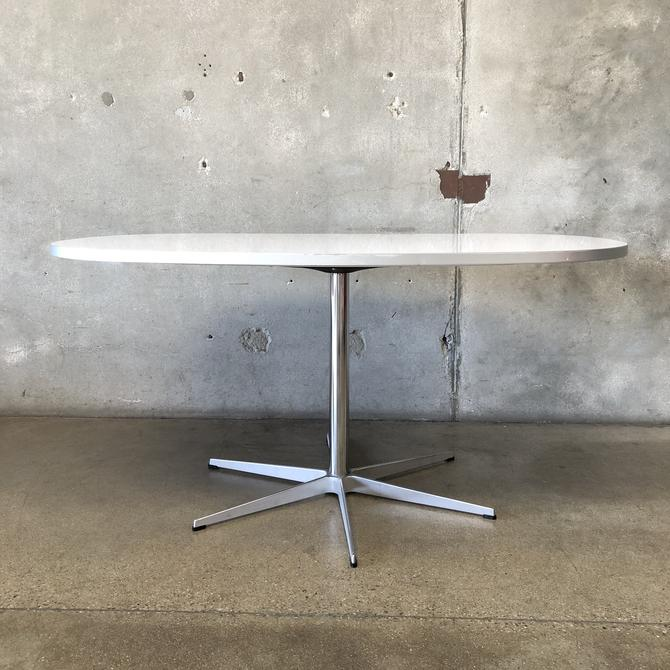 Oblong Fritz Hansen Dining Table with Six Star Pedestal Base