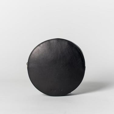 MAE - BLACK