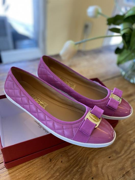 Private Listing Ferragamo Pink Flats