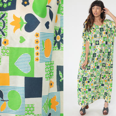 Heart Caftan Dress 70s Hippie Green Apple Floral Maxi Boho Lounge Kaftan Bohemian Novelty Print Vintage Tent Trapeze 60s Small Medium Large by ShopExile
