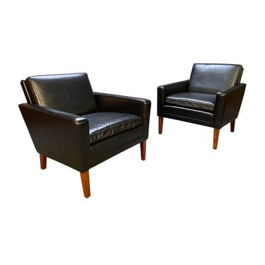 Pair of Vintage Danish Mid Century Modern Club Chairs in Leather and Rosewood by AymerickModern