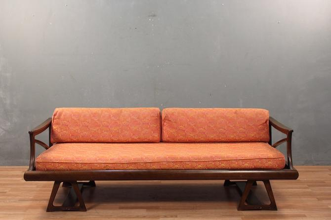 Mid Century Psychedelic Coral & Walnut Daybed Sofa – ONLINE ONLY