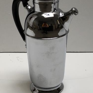 Chrome Cocktail Shaker with Bakelite Handle