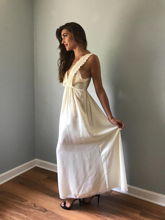 Vintage 70s Christian Dior Bridal Nightgown Négligée by SpeakVintageDC