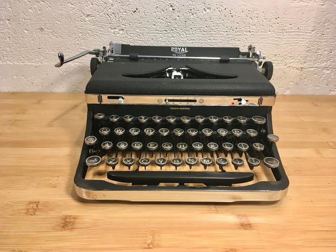 1938 Royal DeLuxe Portable Typewriter w Case, New Ribbon, Owner's Manual by Deco2Go