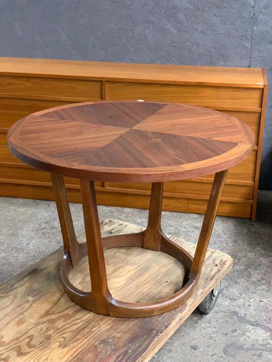 Lane side table