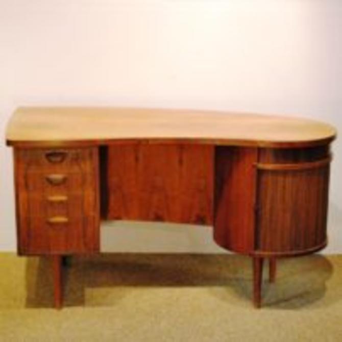 15413 Kia Kristiansen Designed Model 54 Rosewood Freestanding Desk, Circa 1950