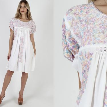 White Womens Oaxacan Mini Dress / Vintage 70s Cotton Mexican Pastel Floral Hand Embroidered / Made In Mexico Quinceanera Dress by americanarchive