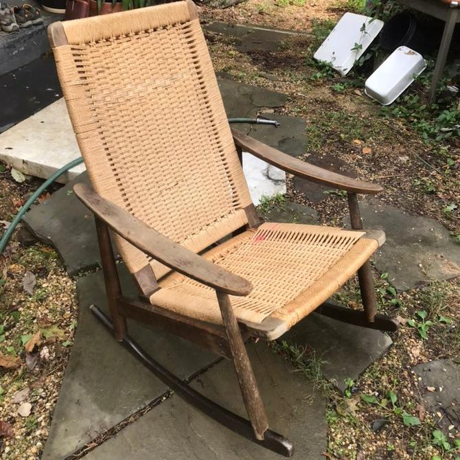 Superb Wegner Style Rocking Chair Yugoslavian Stained Beech Rope Rush Cord Rocker Vintage Mid Century Modern Salvage Poor Condition By Brainwashington Ocoug Best Dining Table And Chair Ideas Images Ocougorg