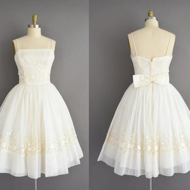 vintage 1950s dress | Gorgeous White Chiffon Floral Embroidered Full Skirt Wedding Dress | Small Medium | 50s vintage dress by simplicityisbliss