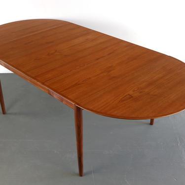 Arne Vodder for Sibast Danish Modern Teak Model 227 Extension Dining Table by ABTModern