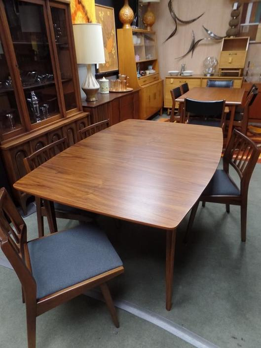 Mid Century Modern Boat Shape Walnut Dining Table