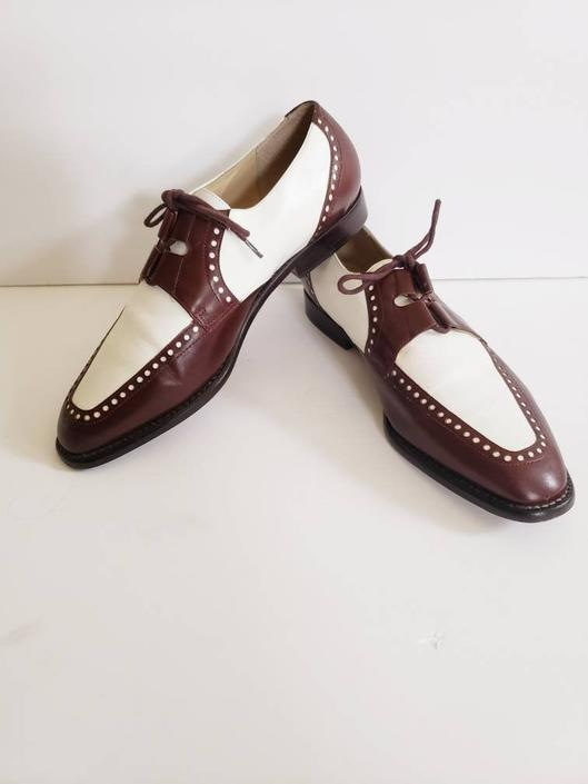 Vintage Kenneth Cole Two Toned Spectator Shoes / Designer Brown and White Lace Up Oxfords with Brogueing / 8 by RareJuleVintage