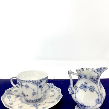 Royal Copenhagen Blue Fluted Full Lace #1031 Mini Creamer Figural Handle