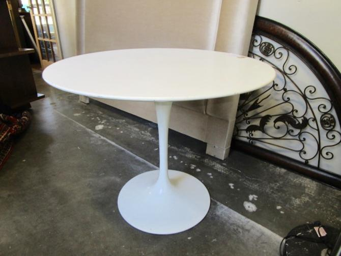 ORIGINAL SIGNED 1956 KNOLL TULIP TABLE