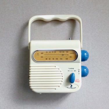 Retro Am/Fm 2 band radio Water resistant radio Shower radio Bathroom accessories Collectible Gift for him by BelleCosine